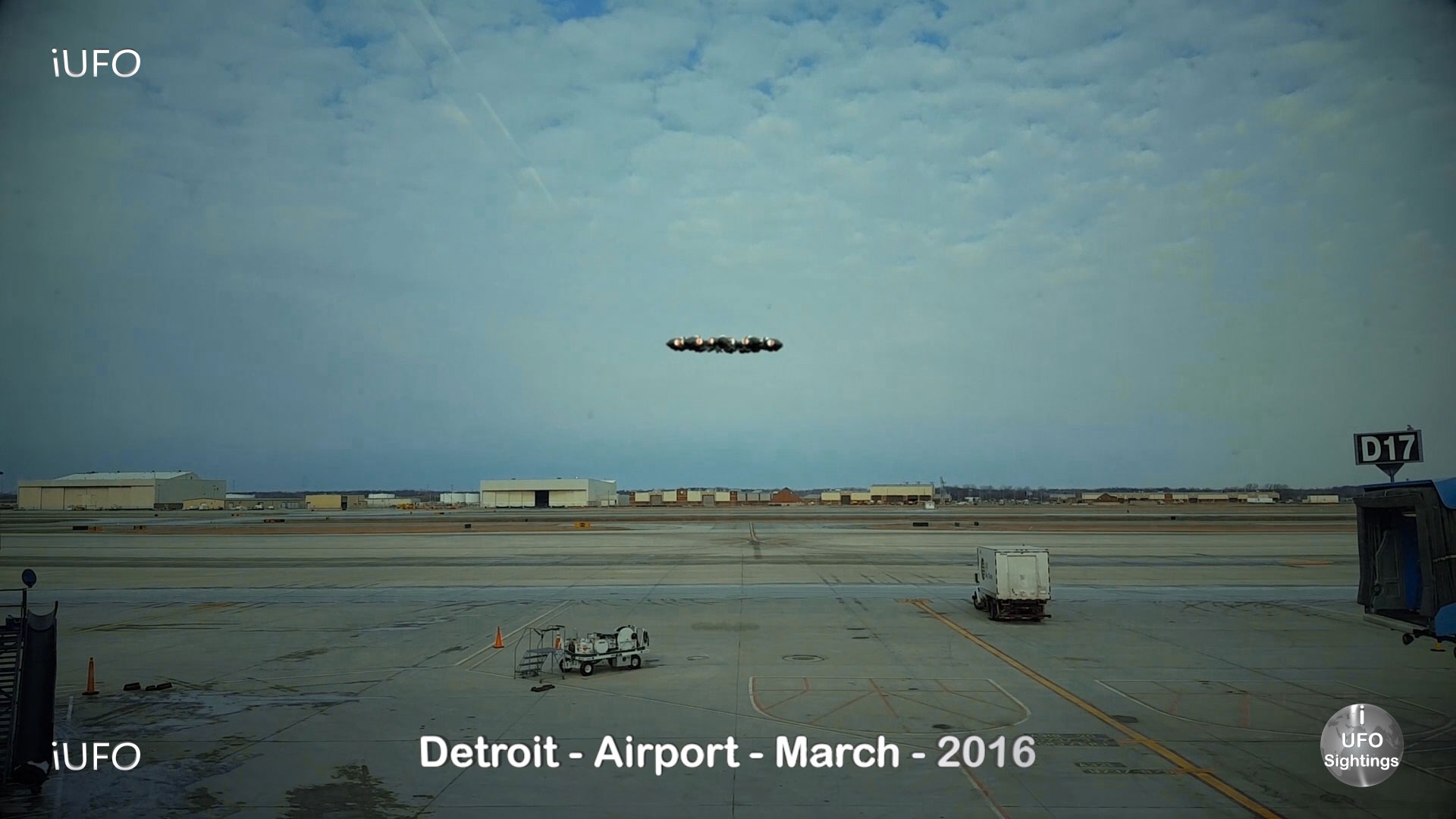 UFO-Sightings-UFO-Spotted-In-Detroit-Michigan-Las-Vegan-and-Airport-UFO